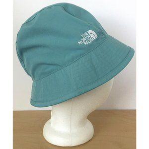 THE NORTH FACE Girls Reversible Teal Plaid Hat